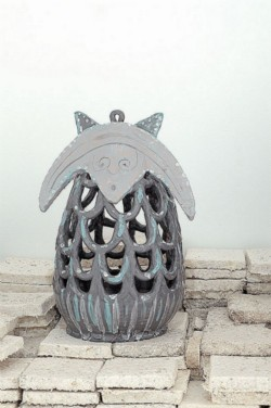 Banana Rat, 2013, glazed ceramic on mushroom tiles, 55 x 30 cm - in collaboration with Pierfrancesco Solimene
